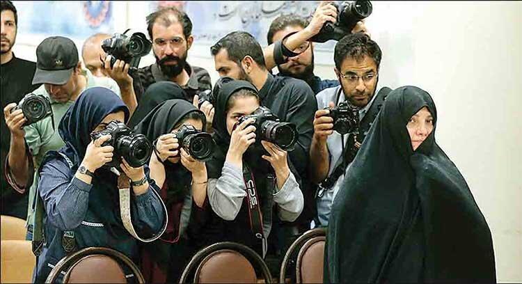 تذکر قاضی به عدم حضور نماینده وزارت بهداشت در دادگاه شبنم نعمت زاده ، واکنش سازمان غذا و دارو