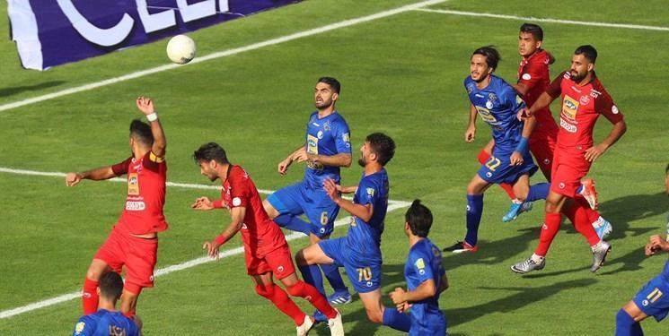 امیر حسین صادقی: مشاوران وزیر چیزی از فوتبال نمی فهمند، فاتحه استقلال را از زمان افشارزاده خواندیم!