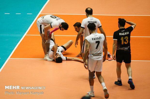 بازی پرحاشیه و جنجالی تهران، شهنازی اجازه دست دادن را نداد!