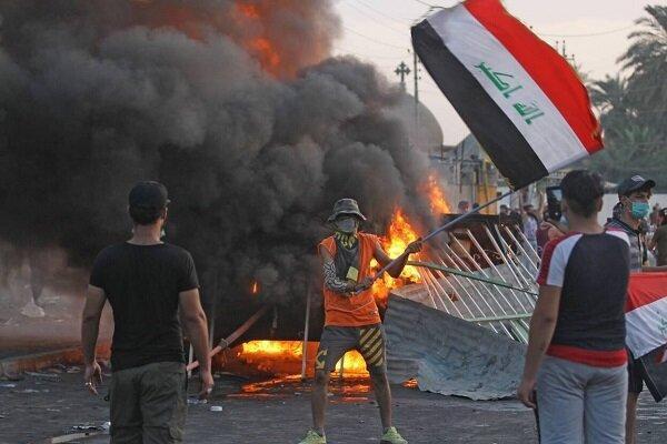 مسئول عراقی: تظاهرات کنندگان منزلم را سوزاندند و ویران کردند