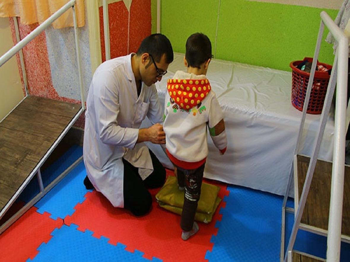 بیمارستان ها تخت های خود را به امور توانبخشی اختصاص نمی دهند