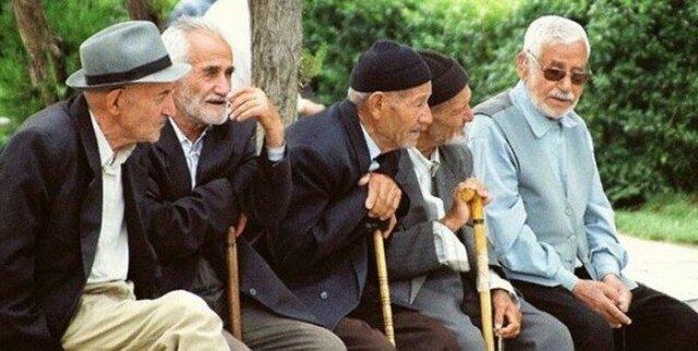 لزوم کاهش مسائل سالمندان جامعه