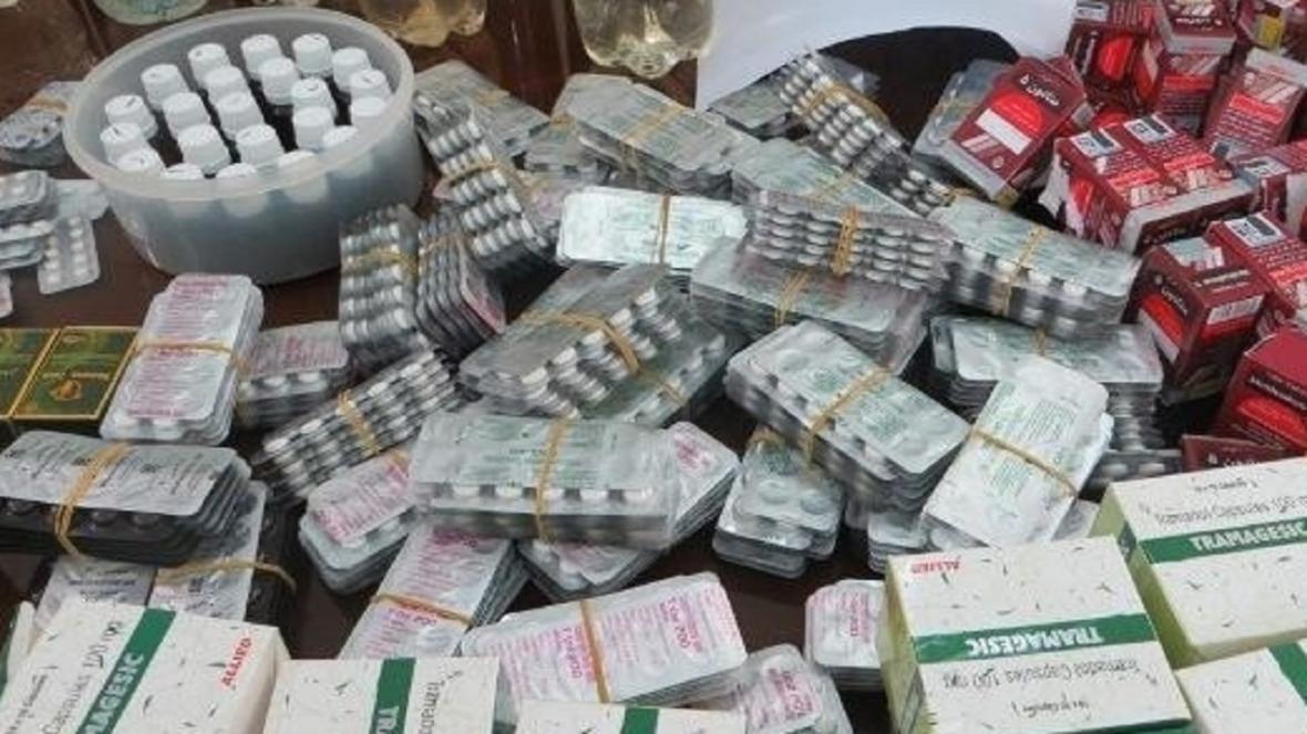 کشف دو هزار بسته قرص چربی سوز قاچاق