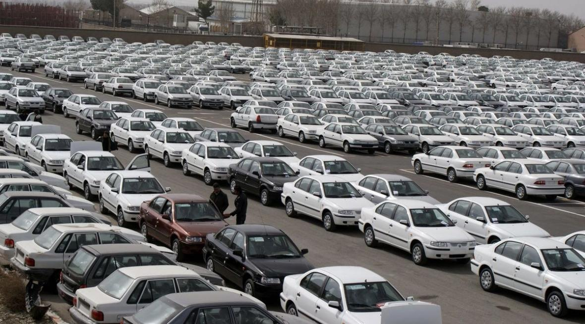 خودروهای ناقص خودروسازان در انتظار تصمیم دولت