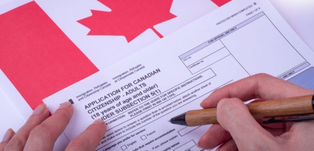 مهاجران از دولت می خواهند به وعده حذف هزینه اخذ شهروندی کانادا عمل کند
