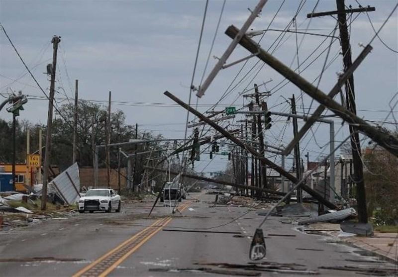 قطعی برق بیش از 500 هزار مشترک در آمریکا بر اثر طوفان لورا