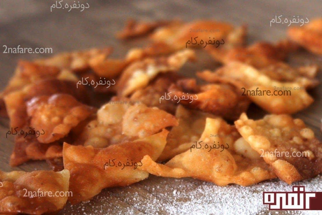 طرز تهیه خمیر پیراشکی خیلی ساده و سریع