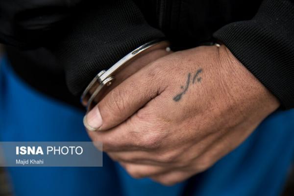 دستگیری سارق حرفه ای خودرو در شاهین شهر
