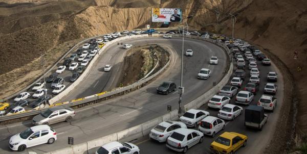 شیرانی: پلیس برنامه ای برای یکطرفه کردن جاده ها ندارد، زمان بازگشت را به پنجشنبه و آدینه موکول نکنید! خبرنگاران