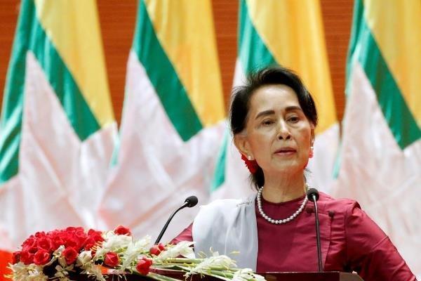متهم شدن آنگ سان سو چی به فساد گسترده