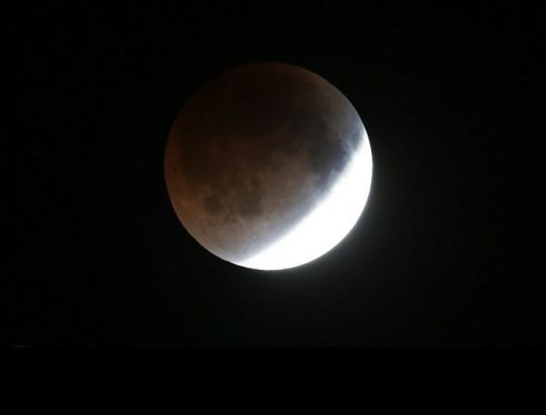 فردا شاهد آخرین پدیده ابر ماه و تنها ماه گرفتگی کامل سال باشید