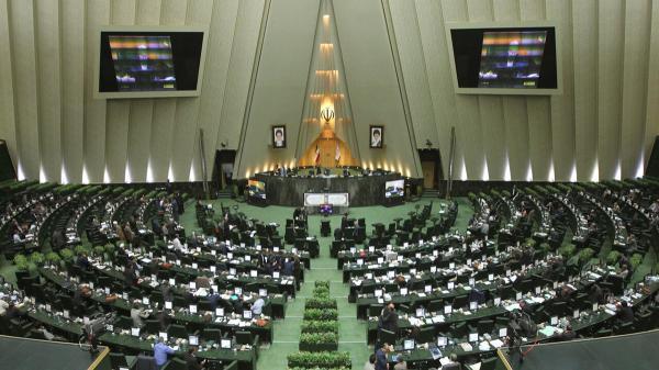 هشدار مجلس به وزرای دولت روحانی